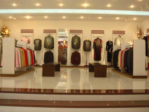 华人礼服·中山装店铺展示
