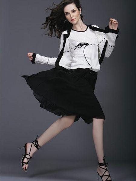 圣地亚女装招商 打造国内优秀女装品牌