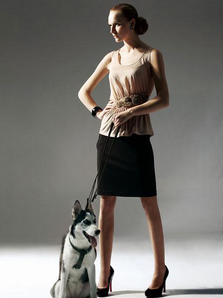 欧兰卡女装招商 打造国内优秀女装品牌